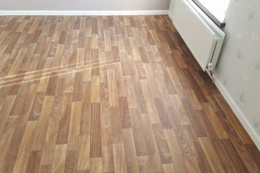 High Quality Wood Effect & Tiled vinyl only £4.99sqyd